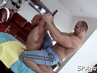 pleasuring a lusty gay stud Gayporn